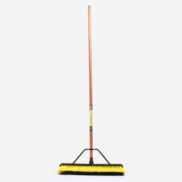 Broom (multi-surface)
